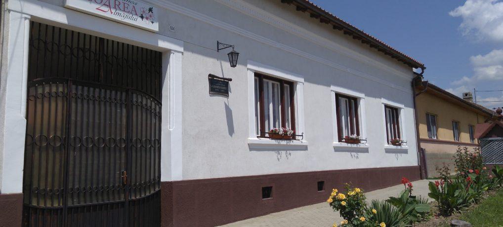 Agropensiunea FLOAREA ALMĂJULUI, Casa memorială înv. emerit FLOAREA MATEI